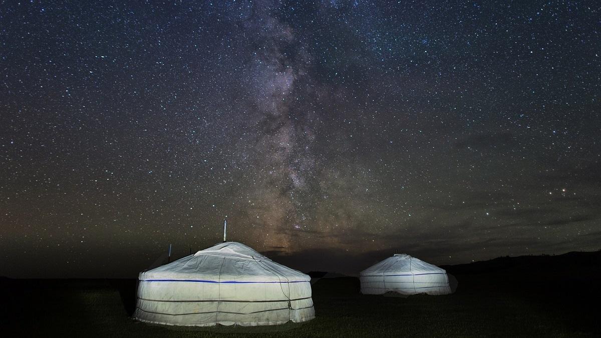 Campo ger di notte